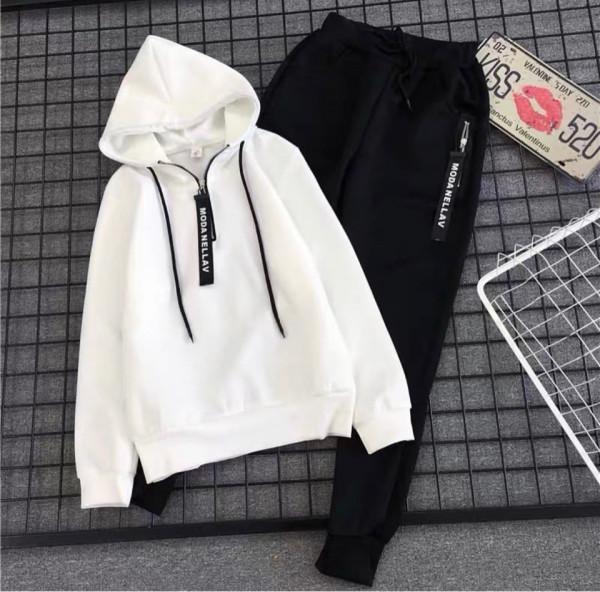 Совместные покупки на Спортивный костюм белый