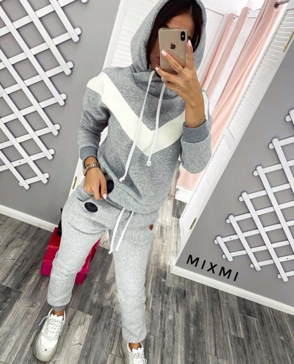 Совместные покупки на Костюм женский спортивный светло серый