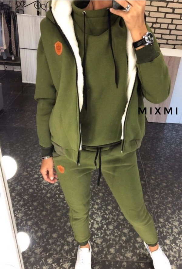 Совместные покупки на Спортивный костюм тройка женский  зеленый
